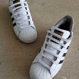 "Adidas SuperStar ""ShellToe"" - size 6"